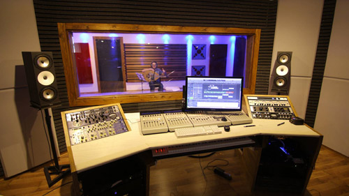 amphion-custom-image