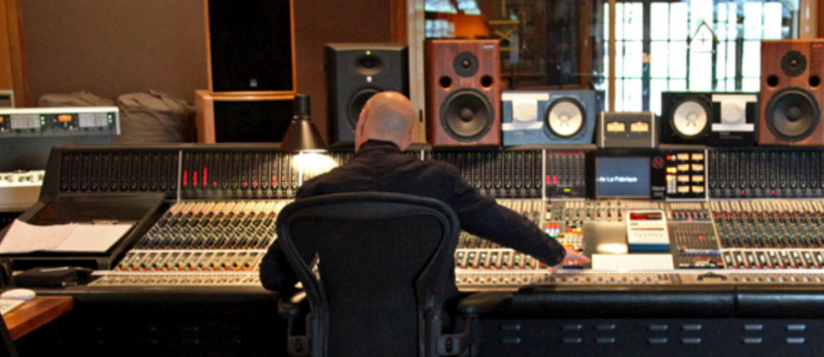 Mix With The Masters Weeklong Seminar with Joe Chiccarelli