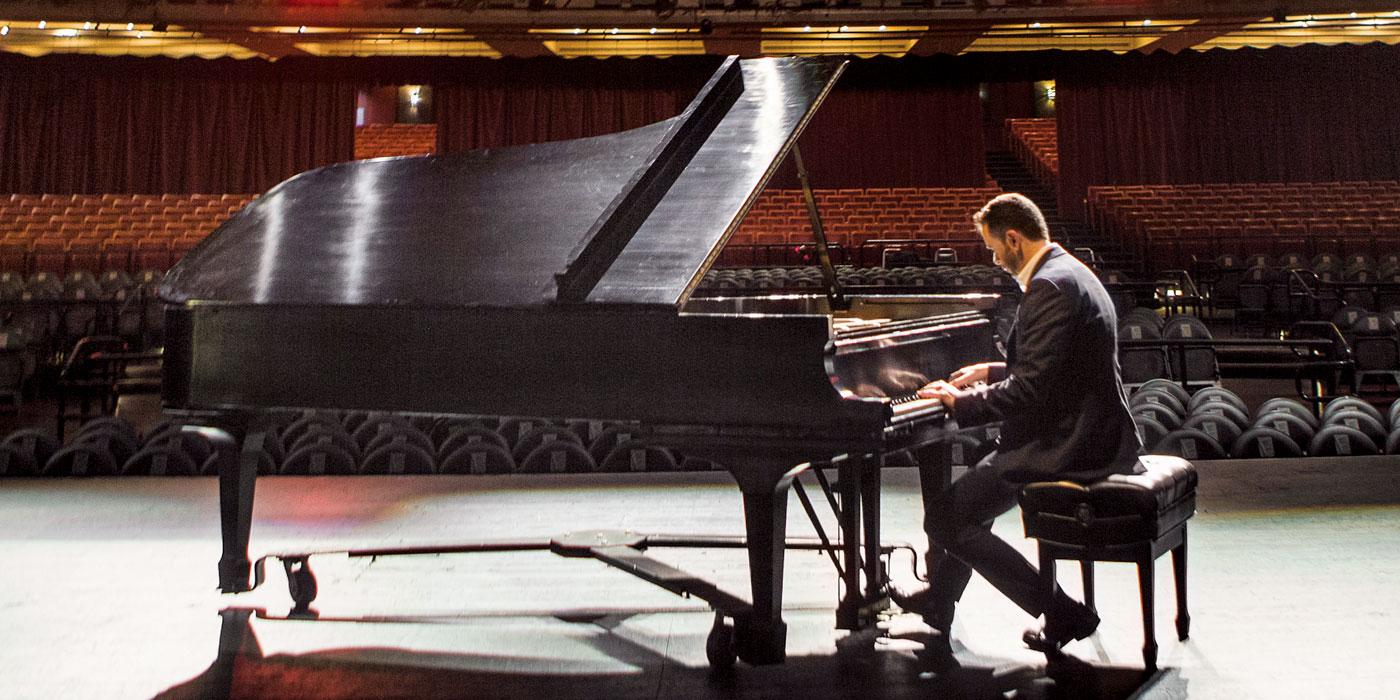 Jorge Mejía, Una vida soñada en la música