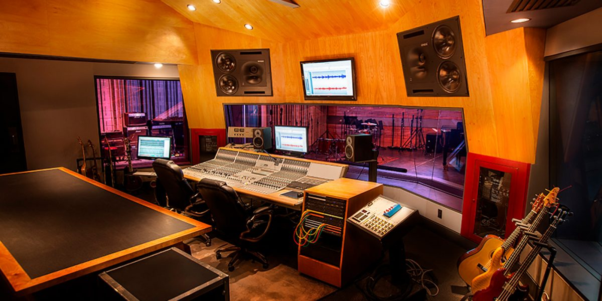 Midnight Records Production Sound Room Feature