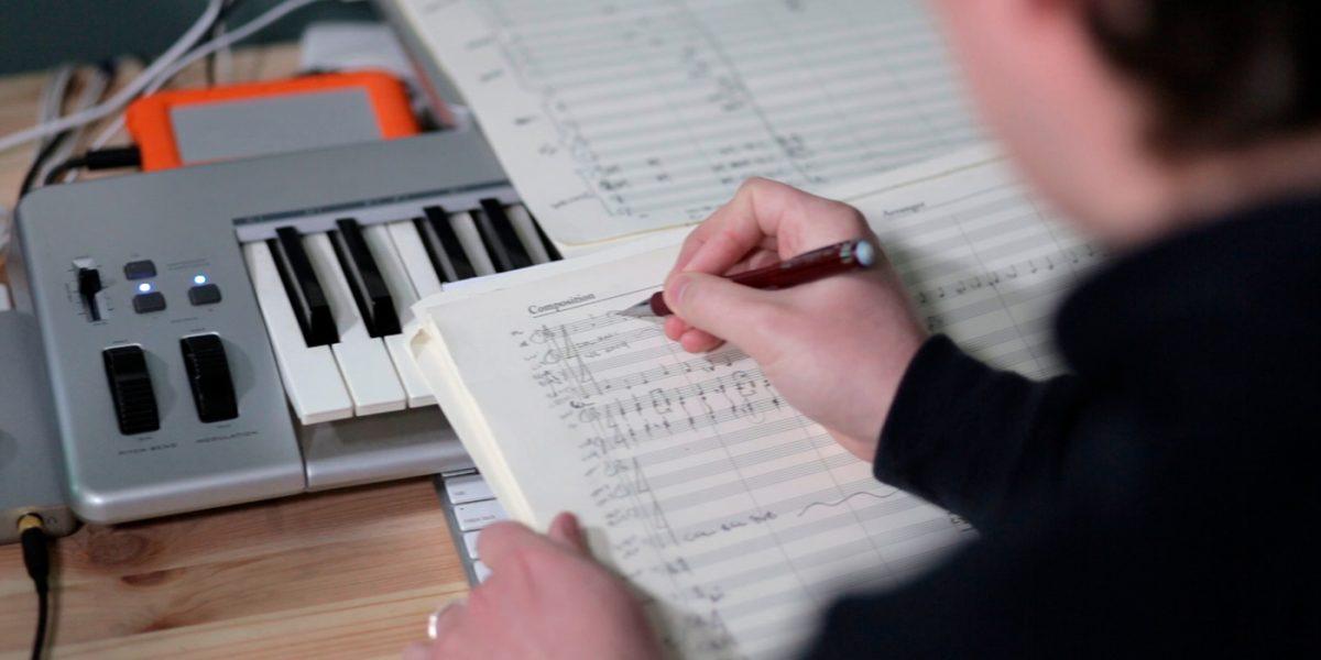 Cómo escribir letras de canciones: tres paso